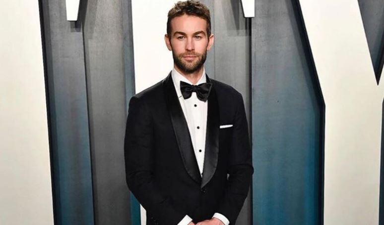 Chace Crawford Age, Married, Wife, Girlfriend, Net Worth